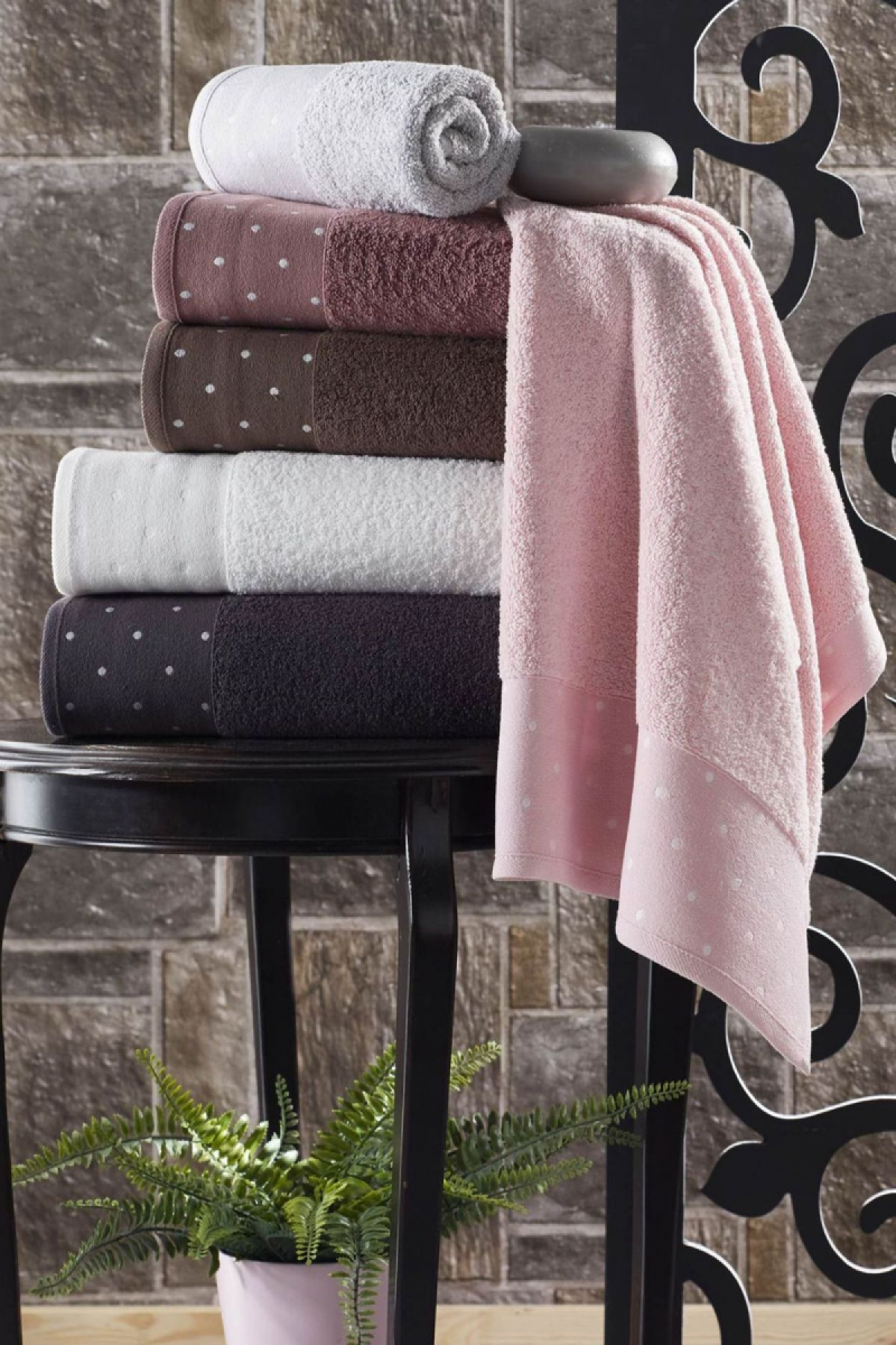 Durul Unisex Yetişkin Banyo Havlusu Ece Bukle Jakarlı Puanlı Desen 70x140 - Thumbnail